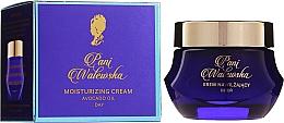Парфюмерия и Козметика Интензивно овлажняващ крем с липозоми - Pani Walewska Classic Moisturising Day Cream