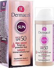 Парфюми, Парфюмерия, козметика Водоустойчив флуид за лице SPF 50 - Dermacol Sun WR Tinted Sun Protection Fluid SPF50