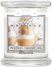 Парфюмерия и Козметика Ароматна свещ в бурканче - Kringle Candle Pumpkin Cheesecake