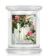 Парфюми, Парфюмерия, козметика Ароматна свещ в бурканче - Kringle Candle Picket Fence