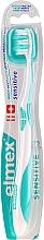 Парфюмерия и Козметика Мека четка за зъби, тюркоазена - Elmex Sensitive Toothbrush Extra Soft
