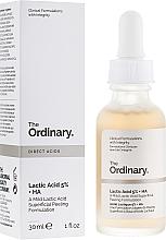 Парфюмерия и Козметика Пилинг серум за лице с млечна киселина - The Ordinary Lactic Acid 5% + HA 2%