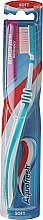 Парфюми, Парфюмерия, козметика Четка за зъби, мека, бяло-тюркоазена - Aquafresh Between Teeth Soft