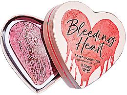 Парфюмерия и Козметика Хайлайтър за лице - I Heart Revolution Bleeding Heart Highlighter
