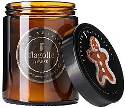 """Парфюмерия и Козметика Ароматна свещ в бурканче """"Джинджифилови меденки"""" - Flagolie Fragranced Candle Gingerbread"""