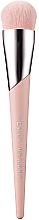 Парфюмерия и Козметика Четка за фон дьо тен - Fenty Beauty Full-Bodied Foundation Brush 110