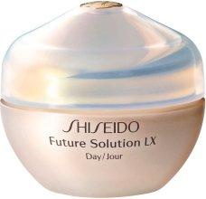 Парфюми, Парфюмерия, козметика Дневен защитен крем за пълно възстановяване - Shiseido Future Solution LX Daytime Protective Cream SPF15
