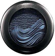 Парфюмерия и Козметика Кремовые тени с эффектом сияния - MAC Extra Dimension Eye Shadow