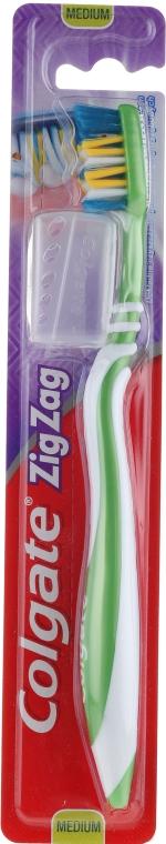 """Четка за зъби """"Зигзаг плюс"""" средна твърдост №2, зелена - Colgate Zig Zag Plus Medium Toothbrush — снимка N1"""