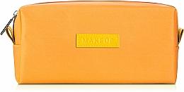 "Парфюмерия и Козметика Жълт козметичен несесер ""Girl's Travel"" 18 x 9 x 6 cm - MakeUp"