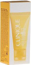 Парфюми, Парфюмерия, козметика Крем за лице против бръчки - Clinique Sun Face Cream SPF30