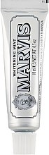 Парфюми, Парфюмерия, козметика Избелваща паста за зъби с мента - Marvis Whitening Mint Toothpaste (мини)