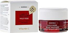 Парфюми, Парфюмерия, козметика Дневен крем за лице за нормална и комбинирана кожа - Korres Wild Rose Brightening & First Wrinkles Day Cream