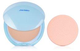 Парфюмерия и Козметика Компактна матираща пудра - Shiseido Pureness Matifying Compact SPF 15