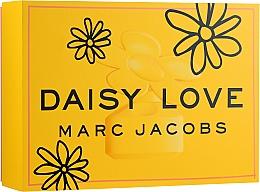 Парфюмерия и Козметика Marc Jacobs Daisy Love - Комплект (тоал. вода/100ml + лосион за тяло/75ml + тоал. вода/10ml)