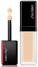 Парфюмерия и Козметика Коректор за лице - Shiseido Synchro Skin Self-Refreshing Concealer