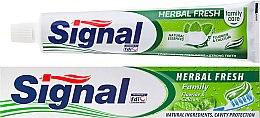 Парфюмерия и Козметика Паста за зъби с билки - Signal Family Herbal Fresh Toothpaste
