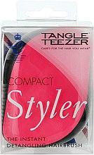 Парфюмерия и Козметика Компактна четка за коса - Tangle Teezer Compact Styler Pink Sizzle