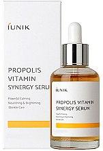 Парфюмерия и Козметика Витаминен серум с прополис за лице - iUNIK Propolis Vitamin Synergy Serum