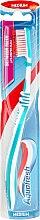 Парфюми, Парфюмерия, козметика Четка за зъби, светло синя - Aquafresh Between Teeth Medium