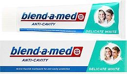 """Парфюмерия и Козметика Паста за зъби """"Деликатно избелване"""" - Blend-a-med Anti-Cavity Delicate White"""