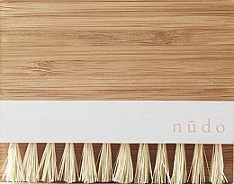 Парфюмерия и Козметика Бамбукова четка за нокти със сезалени влакна - Nudo Nature Made Bamboo Nail Brush With Sisal Bristles