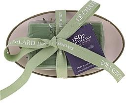 Парфюмерия и Козметика Овален сапун с аромат на маслина, с керамична сапунерка - Le Chatelard 1802 Olive Soap