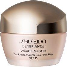 Парфюми, Парфюмерия, козметика Овлажняващ дневен крем против стареене - Shiseido Benefiance WrinkleResist24 Day Cream SPF15
