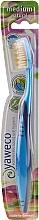 Парфюмерия и Козметика Четка за зъби със средна твърдост, синя - Yaweco Toothbrush Natural Medium