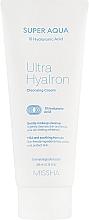Парфюмерия и Козметика Почистващ крем за лице с хиалуронова киселина - Missha Super Aqua Ultra Hyalron Cleansing Cream