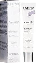 Парфюмерия и Козметика Емулсия за нормална и комбинирана кожа - Noreva Laboratoires Alpha KM Emulsion De Jour