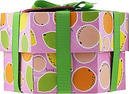 Парфюмерия и Козметика Комплект - Bomb Cosmetics Fruit Basket Hexagonal Gift Box (бомбичка за вана/2бр. + сапун/2бр. + скраб за тяло/120мл. + душ гел/120мл.)