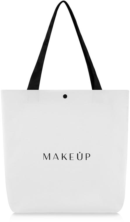 Бяла чанта (42 x 39 х 9см) - MakeUp