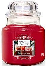 Парфюми, Парфюмерия, козметика Ароматна свещ - Yankee Candle Pomegranate Gin Fizz