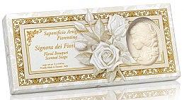 Парфюми, Парфюмерия, козметика Комплект натурални сапуни във форма на дама с аромат на цветя - Saponificio Artigianale Floral Bouquet Soap (soap/3pcsx125g)