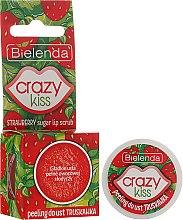 """Парфюмерия и Козметика Скраб за устни """"Ягода"""" - Bielenda Crazy Kiss Strawberry Sugar Lip Scrub"""