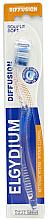 "Парфюмерия и Козметика Четка за зъби ""Diffusion"" мека, синя - Elgydium Diffusion Soft Toothbrush"