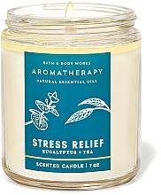 Парфюмерия и Козметика Bath and Body Works Eucalyptus Tea Stress Relief - Ароматна свещ