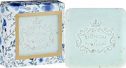 Парфюмерия и Козметика Ексфолиращ сапун - Essencias De Portugal Violet And Apricot Kernel Scrub Aromatic Soap