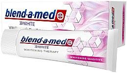 Парфюмерия и Козметика Избелваща паста за чувствителни зъби - Blend-a-Med 3D White Whitening Therapy Sensitive