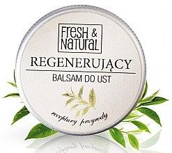 Парфюми, Парфюмерия, козметика Регенериращ балсам за устни - Fresh&Natural Lip Balm