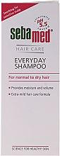 Парфюмерия и Козметика Шампоан за нормална и суха коса - Sebamed Classic Everyday Shampoo