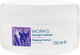 Парфюмерия и Козметика Нощен крем за крака с екстракт от лавандула - Avon Foot Works Overnight Tretment