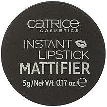 Парфюми, Парфюмерия, козметика Матиращ гел за устни - Catrice Instant Lipstick Mattifier