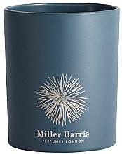 Парфюмерия и Козметика Miller Harris Cassis en Feuille - Парфюмна свещ