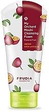 Парфюмерия и Козметика Почистваща пяна за лице с маракуя - Frudia My Orchard Passion Fruit Mochi Cleansing Foam