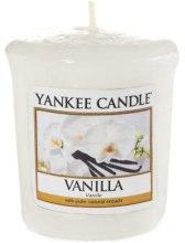 Парфюмерия и Козметика Ароматна свещ - Yankee Candle Vanilla