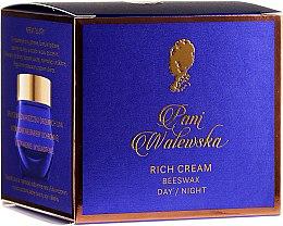Регенериращ, изглаждащ и подхранващ крем - Pani Walewska Classic Rich Day and Night Cream — снимка N2