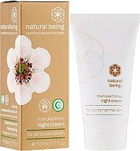 Парфюми, Парфюмерия, козметика Нощен крем за лице за нормална и мазна кожа - Natural Being Manuka Honey Night Cream
