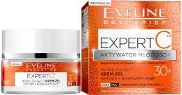 Парфюми, Парфюмерия, козметика Овлажняващ крем за тяло - Eveline Cosmetics Skin Action Booster 30+